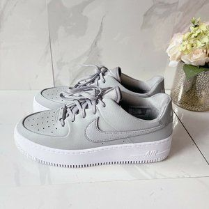 Nike Air Force 1 '07 Fashion Sneakers Gray Low Top